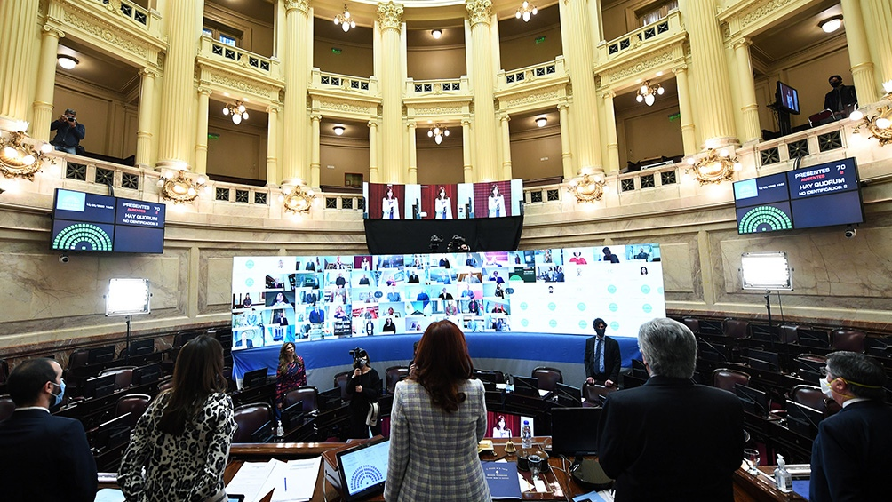 Solo Cristina Fernández y las autoridades de la Cámara estarán en el recinto.