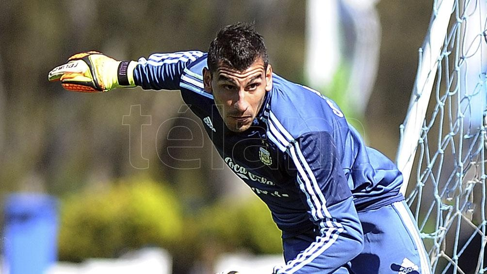 Guzmán posee una extraña cláusula en su contrato que estipula que si Messi vuelve a Newell